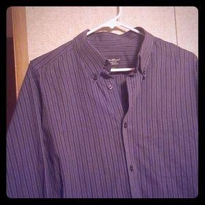 Men's long sleeve shirt button